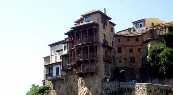 Hanging Houses Cuenca