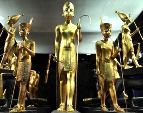Tutankhamun replica sculptures
