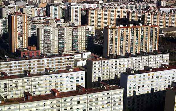 Spanish apartment neighborhood