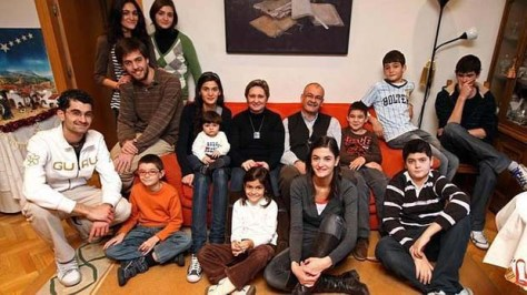 Spanish family responsibilities
